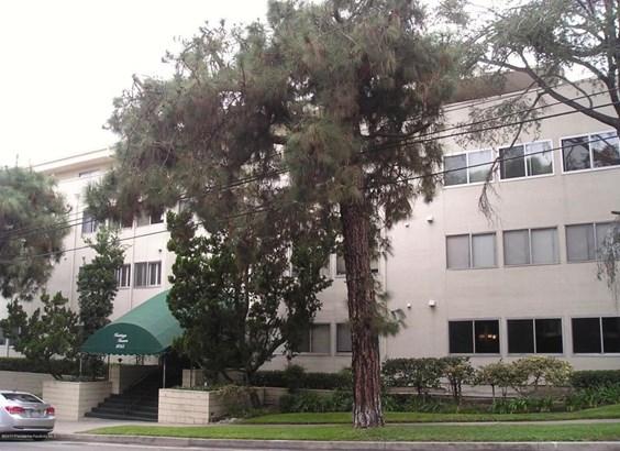 1015 North Michillinda Avenue 110, Pasadena, CA - USA (photo 2)
