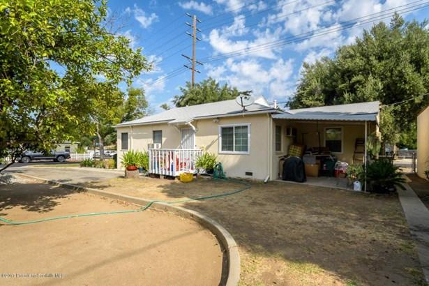 10250 Scoville Avenue, Sunland, CA - USA (photo 3)