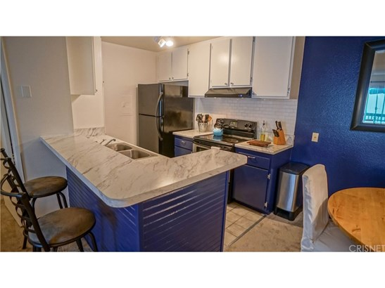 23515 Lyons Avenue 267, Valencia, CA - USA (photo 4)