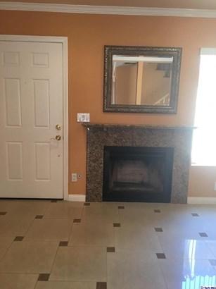 10260 Plainview Avenue 43, Tujunga, CA - USA (photo 5)