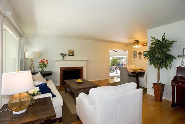 2849 Henrietta Avenue, La Crescenta, CA - USA (photo 5)