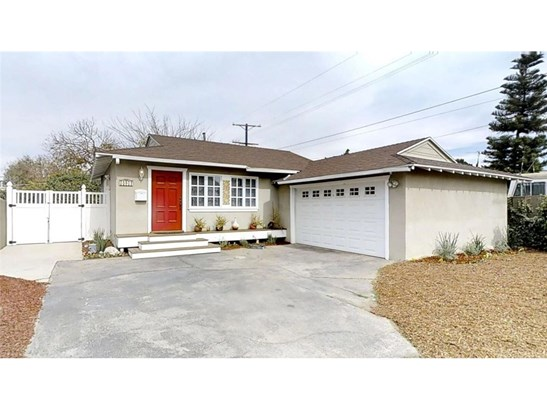 10917 Hatteras Street, North Hollywood, CA - USA (photo 1)