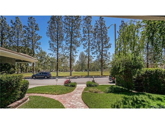 25789 Lochmoor Road, Valencia, CA - USA (photo 2)