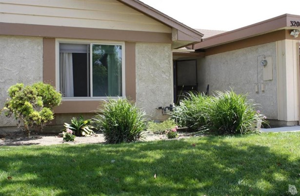 3208 Village 3, Santa Rosa, CA - USA (photo 1)