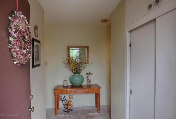 4744 Rosemont Avenue, La Crescenta, CA - USA (photo 3)