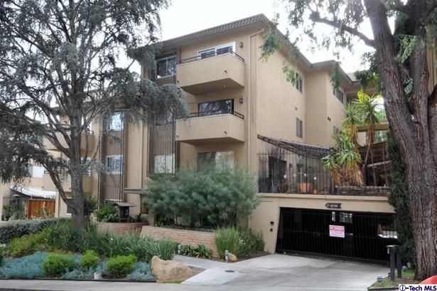 6720 Hillpark Drive 201, Los Angeles, CA - USA (photo 2)