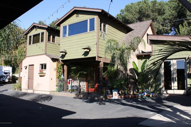 9859 Foothill Boulevard, Lakeview Terrace, CA - USA (photo 2)