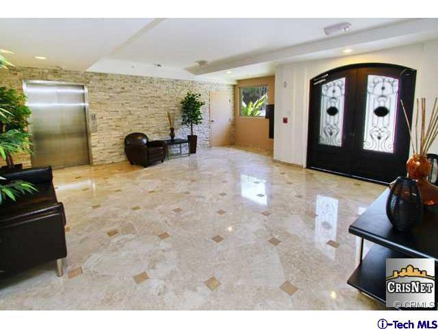 4550 Coldwater Canyon Avenue 202, Studio City, CA - USA (photo 4)