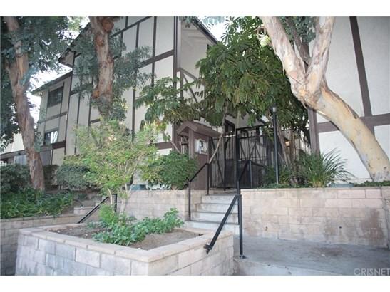 7625 Jordan Avenue 51, Canoga Park, CA - USA (photo 1)