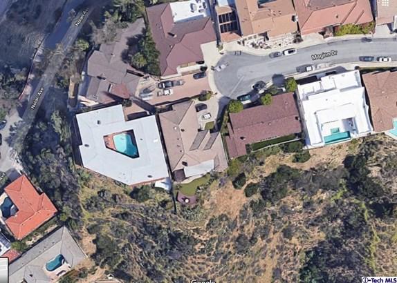 2124 Maginn Drive, Glendale, CA - USA (photo 3)