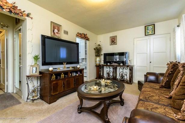 10256 Scoville Avenue, Sunland, CA - USA (photo 5)