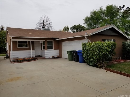 22615 Mariano Street, Woodland Hills, CA - USA (photo 1)