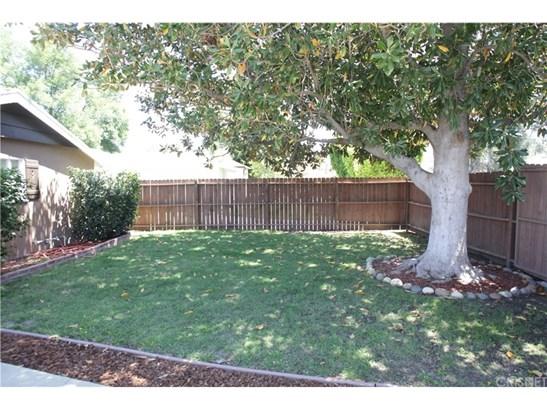 22615 Mariano Street, Woodland Hills, CA - USA (photo 2)