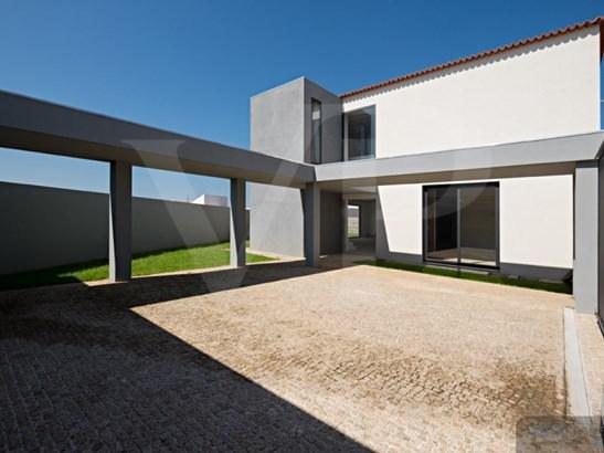 Vila Nova De Gaia - PRT (photo 2)