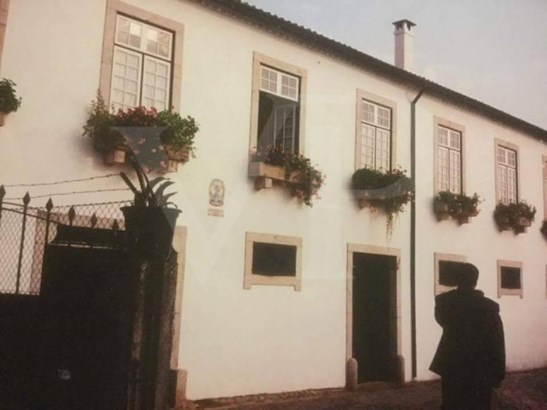 Real (real), Braga - PRT (photo 1)