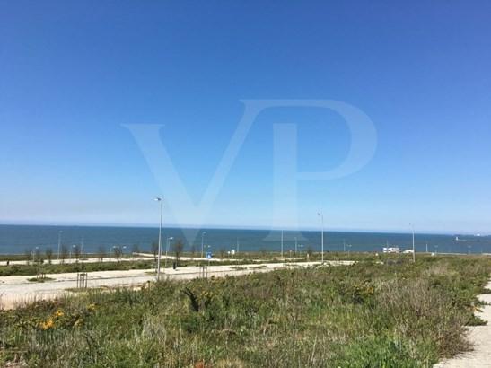 Vila Nova De Gaia - PRT (photo 1)