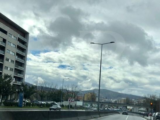 Feira Nova, Braga - PRT (photo 1)