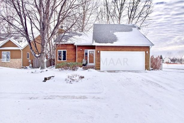1646 30 Avenue S, Fargo, ND - USA (photo 1)