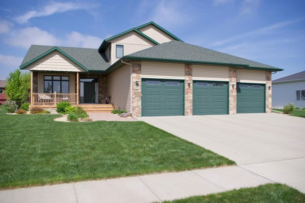 4841 Woodhaven Drive S, Fargo, ND - USA (photo 1)