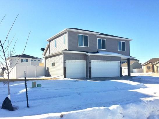 1331 30 Avenue W, West Fargo, ND - USA (photo 1)