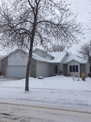 2415 32 Street S, Fargo, ND - USA (photo 2)