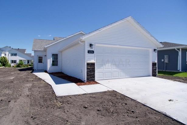 6256 18 Street S, Fargo, ND - USA (photo 1)