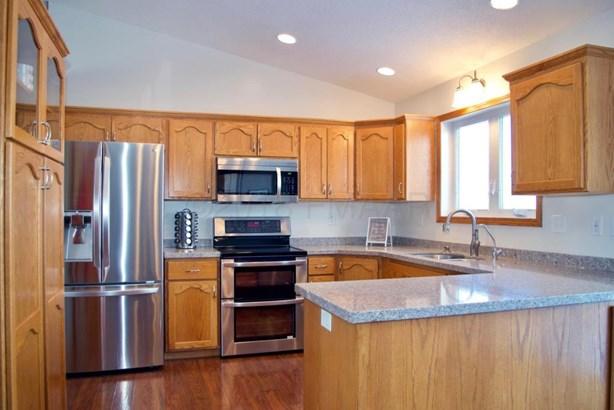 846 Homestead Court, West Fargo, ND - USA (photo 2)