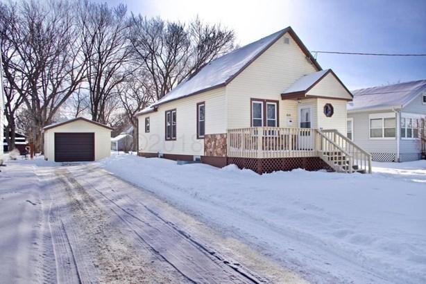 1634 8 Th Avenue S, Fargo, ND - USA (photo 1)