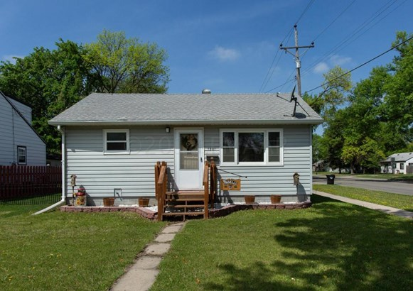 1301 17 Th Street S, Fargo, ND - USA (photo 1)