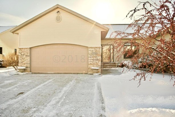 1558 Sundance Drive S, Fargo, ND - USA (photo 1)