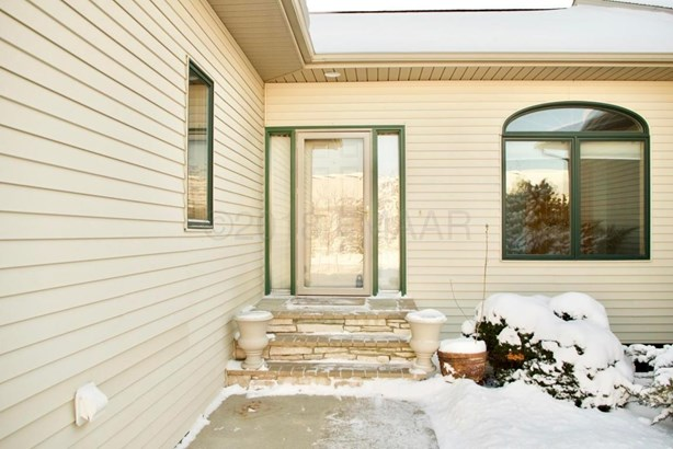 1558 Sundance Drive S, Fargo, ND - USA (photo 3)