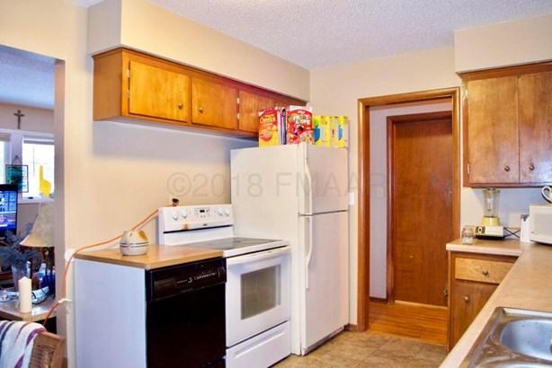 1438 17th Street S, Fargo, ND - USA (photo 5)
