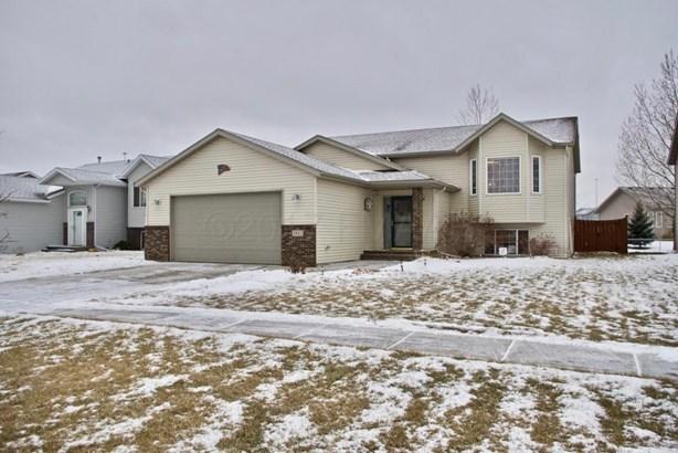 1842 7 Street W, West Fargo, ND - USA (photo 2)