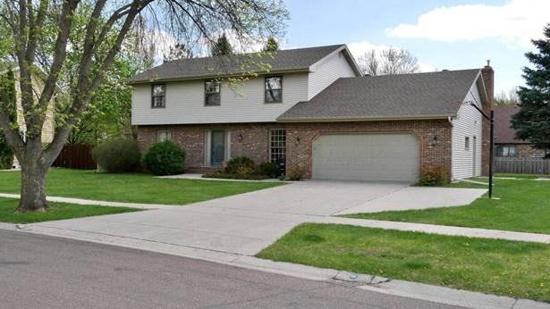 3413 Bohnet Boulevard N, Fargo, ND - USA (photo 1)