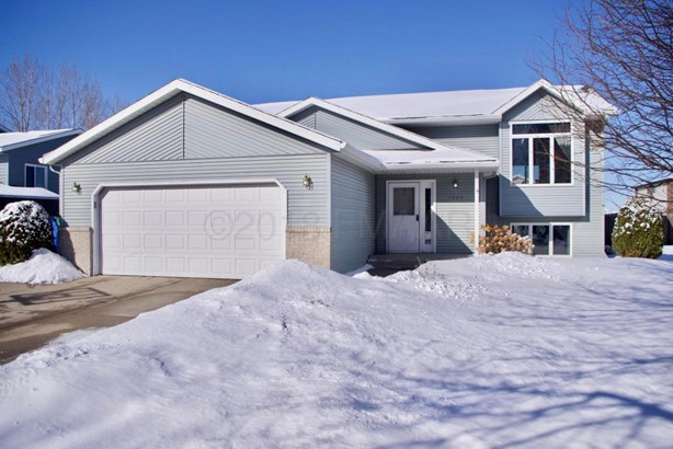 1428 12 St Court E, West Fargo, ND - USA (photo 1)