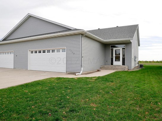 1109 Morningside Drive, Casselton, ND - USA (photo 1)