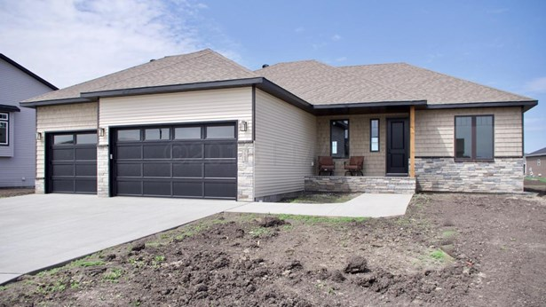3685 Valley View Drive S, Fargo, ND - USA (photo 1)