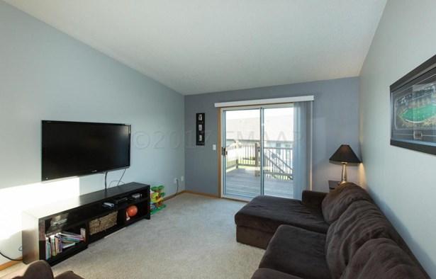 1016 3 Avenue Ne, Dilworth, MN - USA (photo 2)