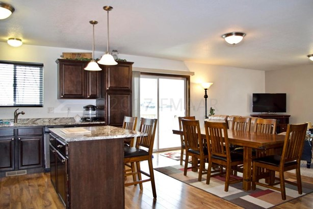 5641 47 Avenue S, Fargo, ND - USA (photo 5)
