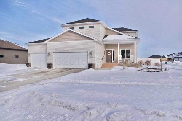 3885 3 Street E, West Fargo, ND - USA (photo 1)