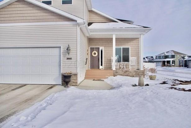 3885 3 Street E, West Fargo, ND - USA (photo 2)