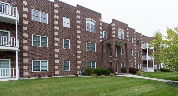 385 7 Th Avenue S 102, Fargo, ND - USA (photo 1)