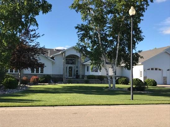 1006 7 Avenue Se, Barnesville, MN - USA (photo 1)