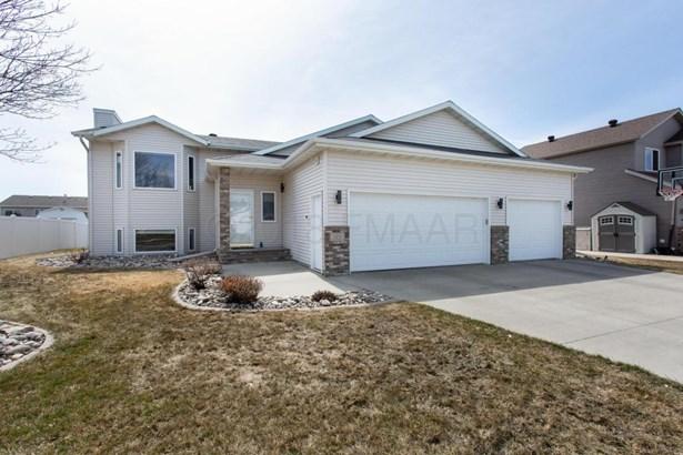 1123 8 Th Avenue W, West Fargo, ND - USA (photo 1)