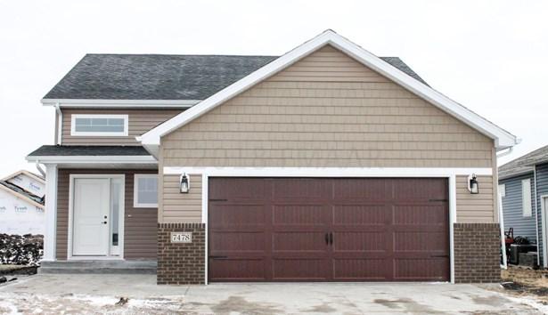 5283 10 Street W, West Fargo, ND - USA (photo 2)