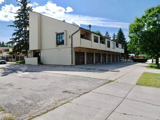 804 10 Th Street S #a8, Fargo, ND - USA (photo 1)