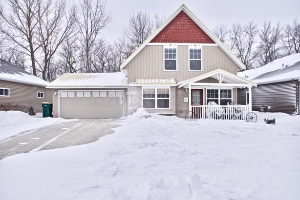 1236 Goldenwood Drive, West Fargo, ND - USA (photo 1)