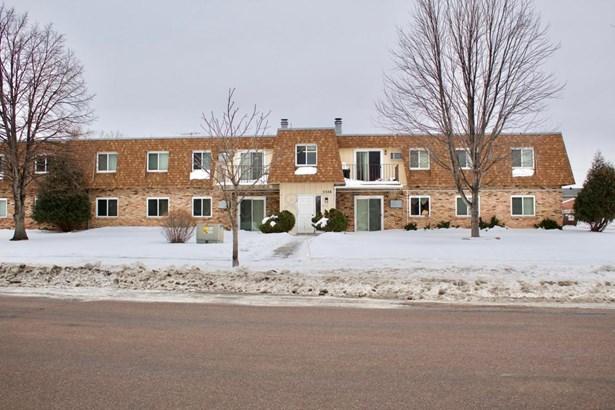 2326 20 Th Avenue S 11, Fargo, ND - USA (photo 1)