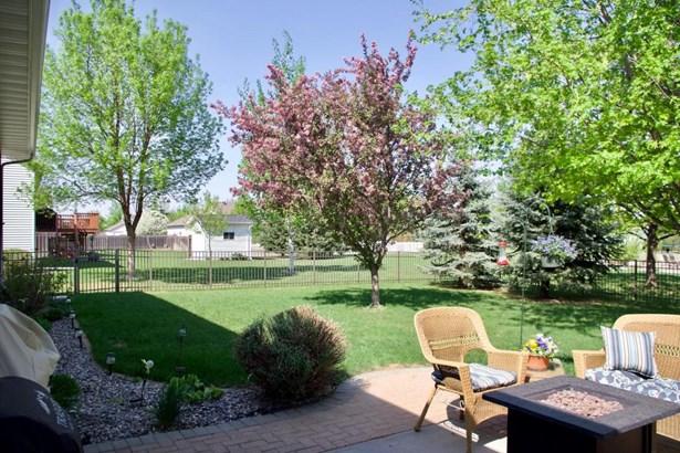 1727 Charleswood Estates Drive, West Fargo, ND - USA (photo 4)