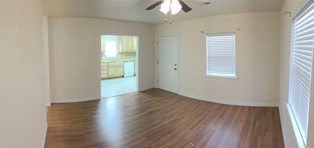 Duplex - Stillwater, OK (photo 4)